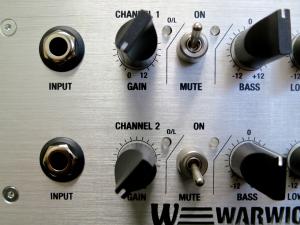 Warwick LWA 1000 – front panel inputs